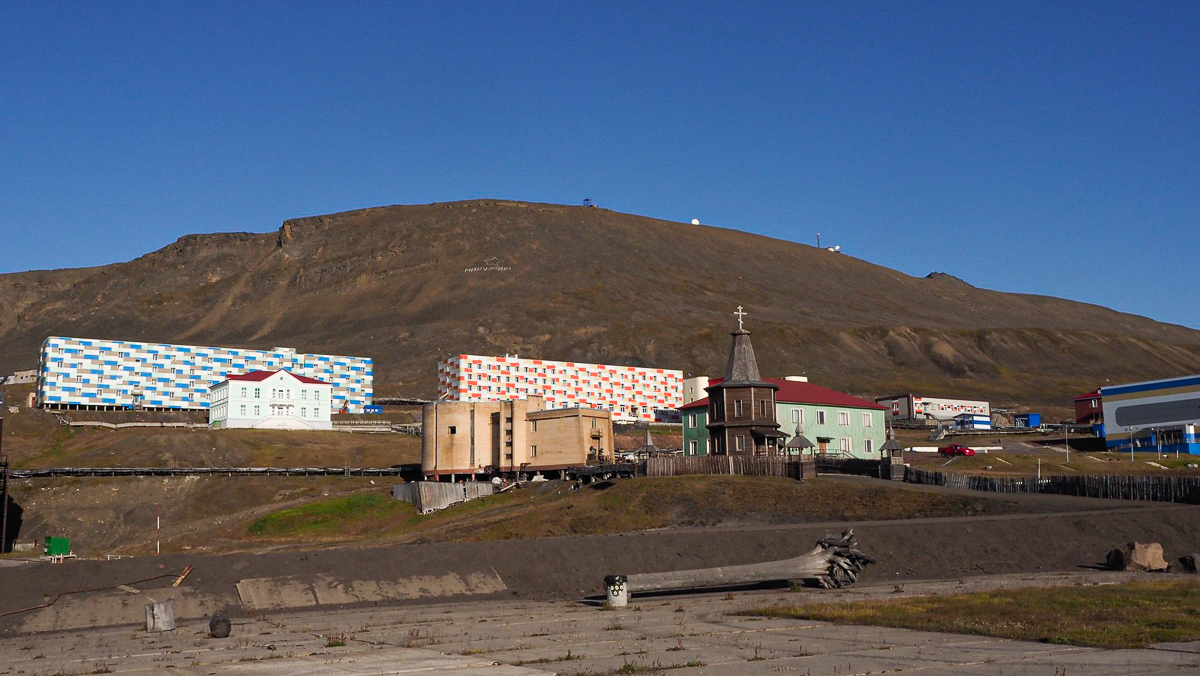 arctic-expedition-Barentsburg
