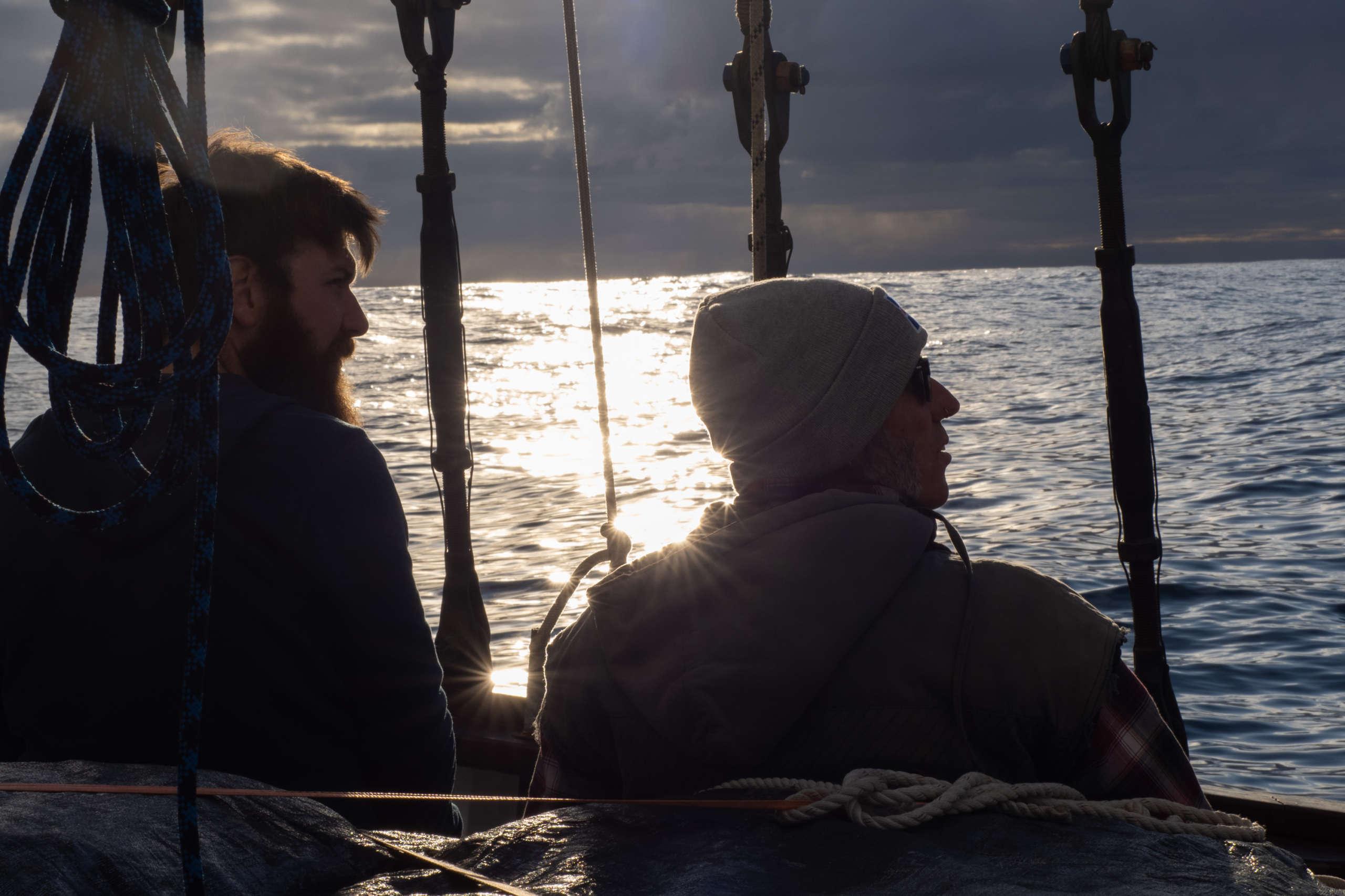 Pere et Michael observation de baleines fondation pacifique
